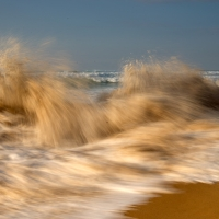 Bursting waves at Praia da Aguda   Portugal