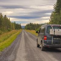 Unterwegs auf Schwedens endlosen Schotterpisten